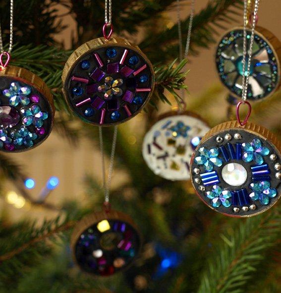 mini-mosaic-Christmas-Tree-decorations